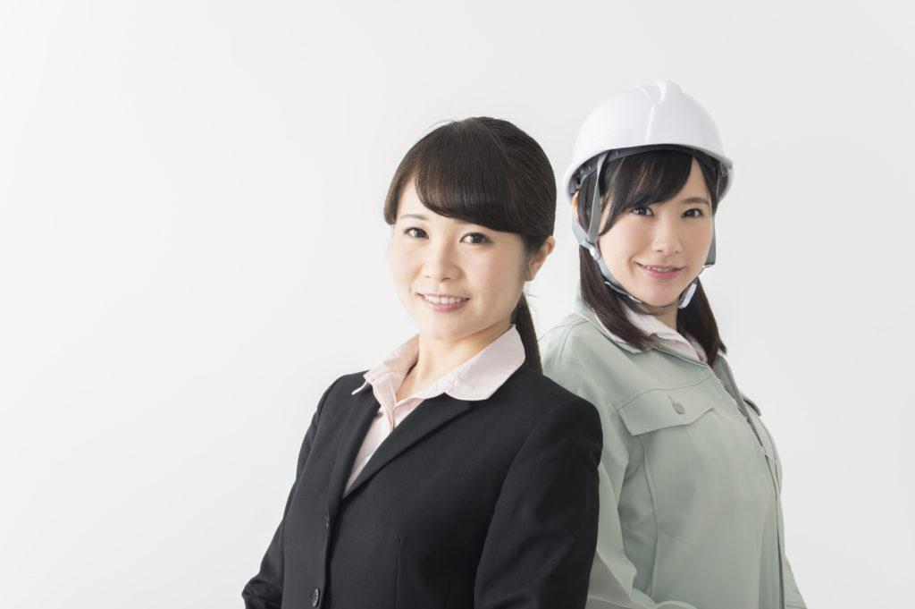 女性作業員
